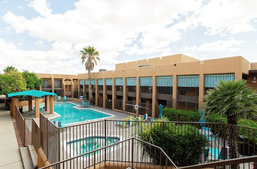 Stay Tucson Inn and Suites
