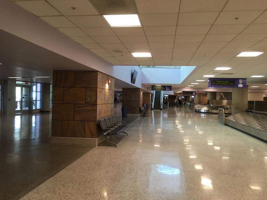 rent car pick up at Tucson airport-02